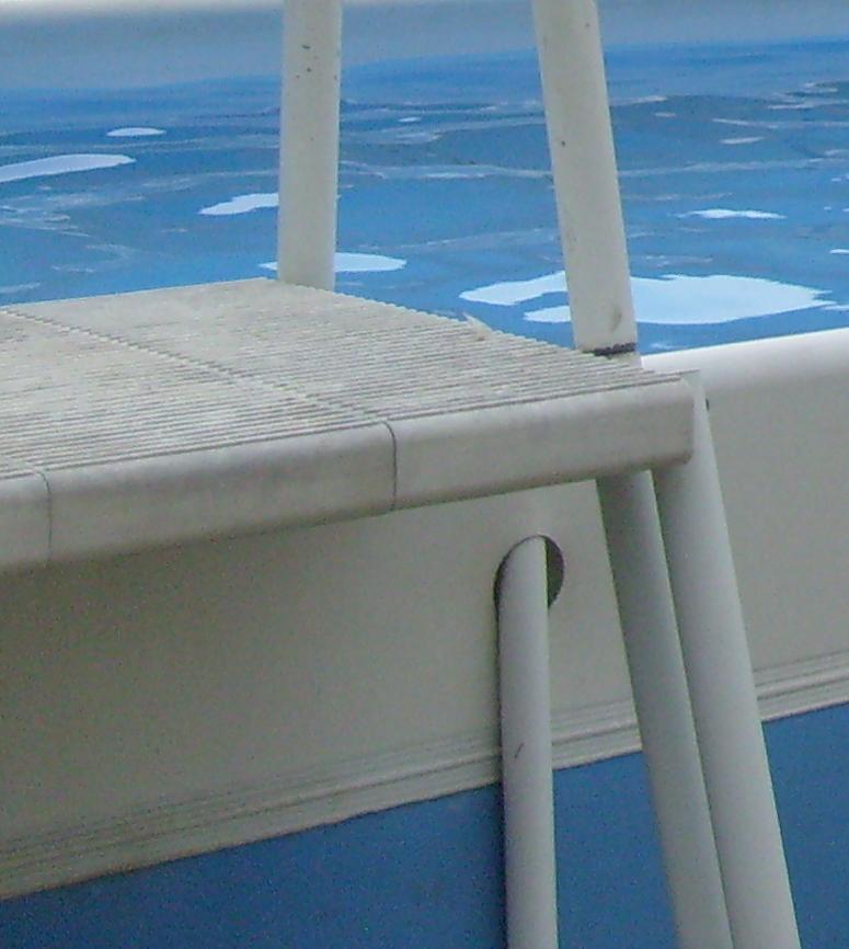 construction d une piscine par rapport la limite